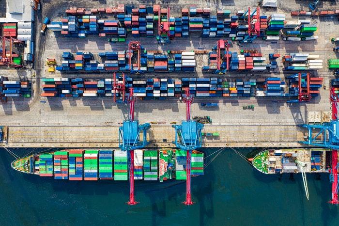 FOB y CIF: Importar y exportar