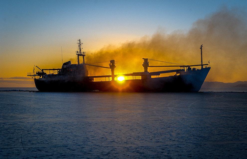 Первый российский судовой компас для работы в Арктике вышел в серийное производство