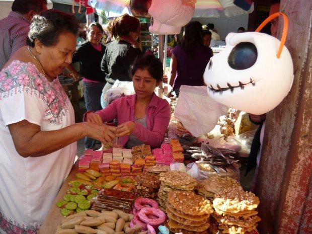http://yucatan.com.mx/wp-content/uploads/2012/10/7_011112p2umanphoto01.jpg