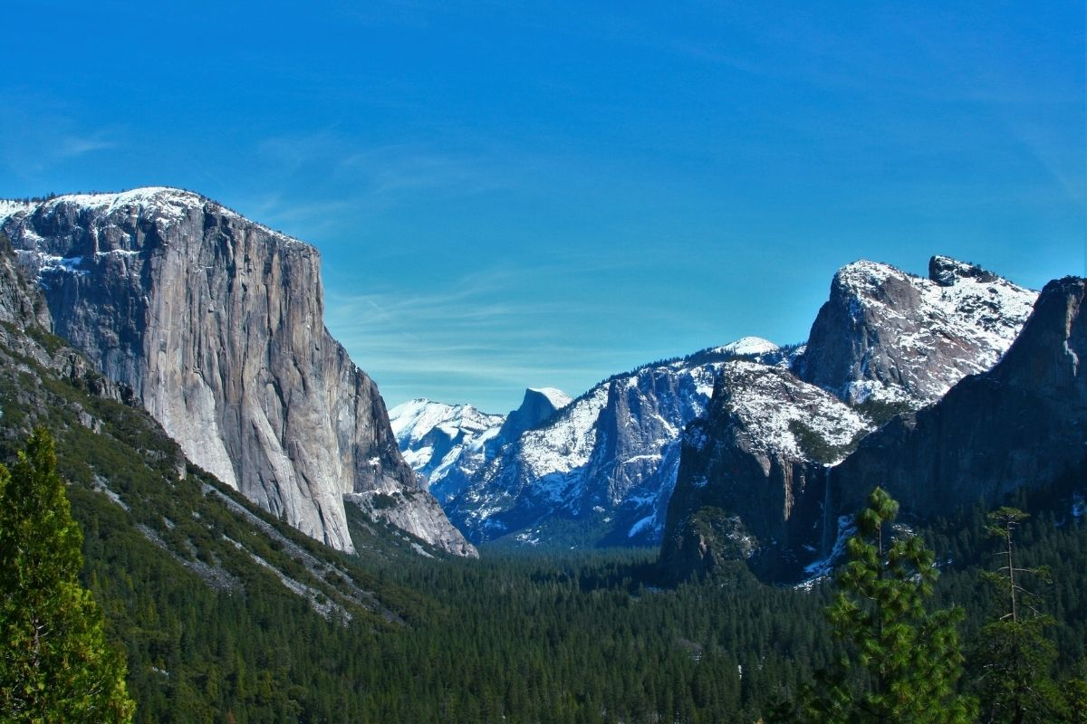 The classic Tunnel View at Yosemite, one of the best national parks to visit in the winter