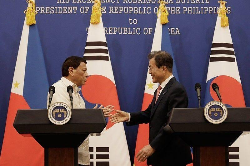 rodrigo-duterte-moon-jae-in2018-06-0611-03-56_2019-11-10_18-25-59.jpg