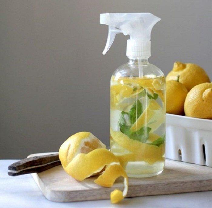 Limpiador casero de limón