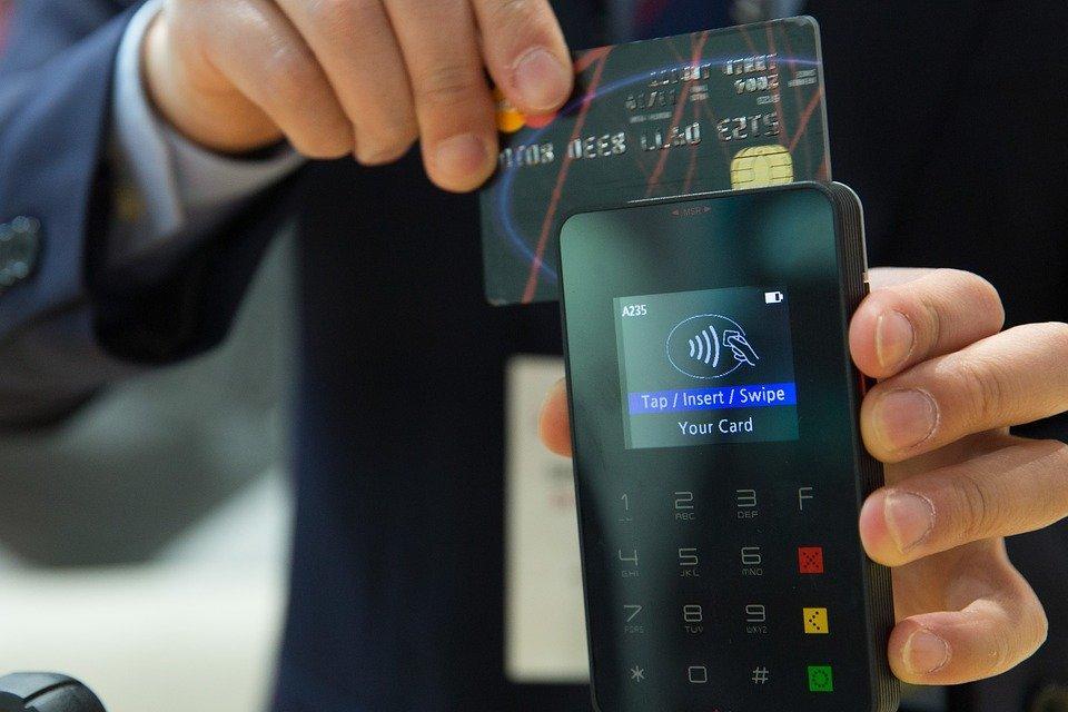 Fitur autodebit bisa memudahkanmu dalam melunasi kartu kredit