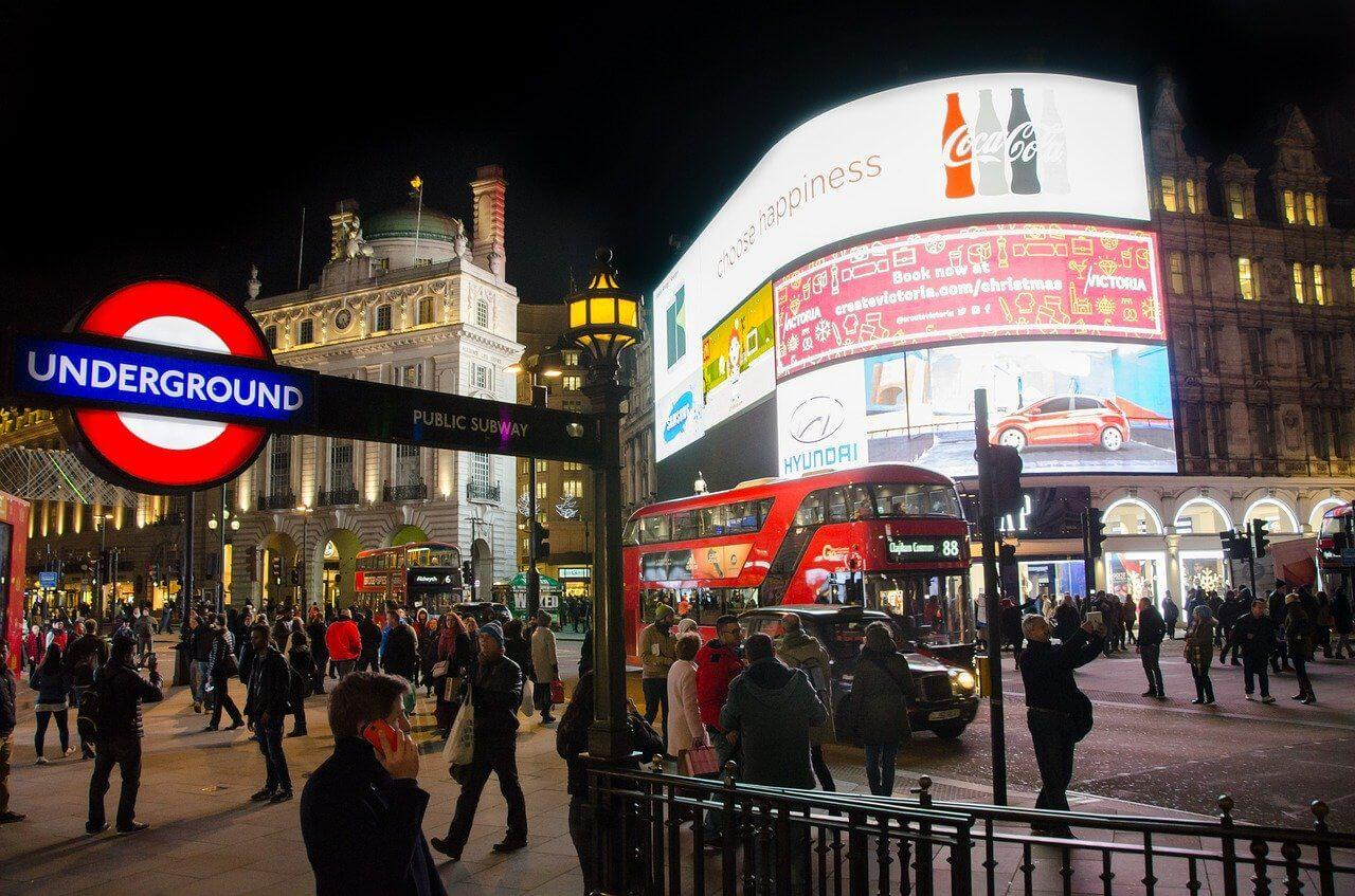 Things to do in Piccadilly Circus, London   London City Calling