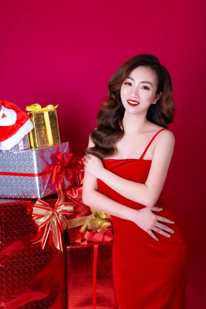 CEO Bùi Đặng Thùy Linh được vinh danh Á hoàng doanh nhân Magic Skin 2020 - Ảnh 1