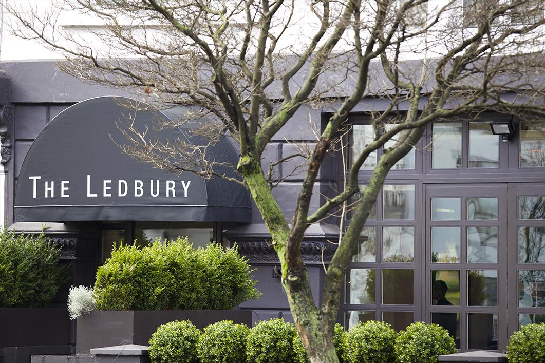 5 luxury dining places in london to celebrate your big milestones 5 Luxury Dining Places in London to Celebrate Your Big Milestones xcePZvJjpyfw tw8uiN8UBd 8yaO1XpWRtRt0VvESsZEbFvp4xQfsW5rqBNhWjVhWbSIoe uwsvicJqOt5zTOBpnR16RLF9fyySX8sLZvH I2O9Vri8HtQdC8U5ekejrIP2uoPxl