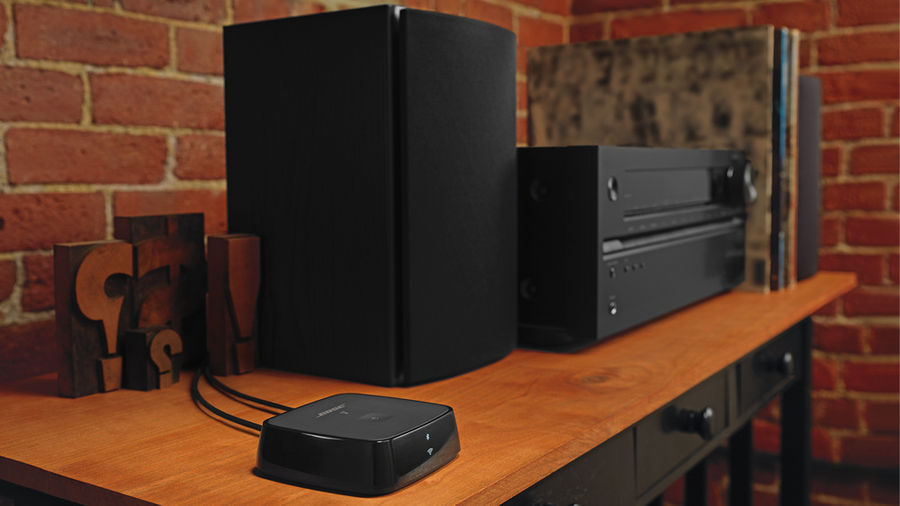 https://dfxqtqxztmxwe.cloudfront.net/images/dynamic/Cables_audio/articles/Bose/BOSESNDTCHWNR/Bose-SoundTouch-Noir_L1_900.jpg