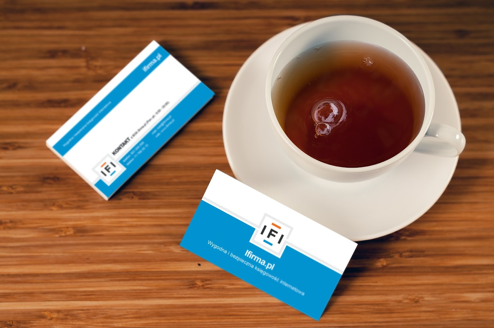 business-card-943997_1920.jpg