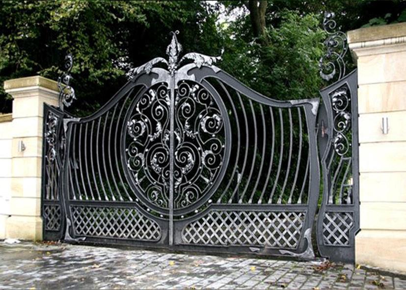 Độ bền vững tuyệt vời của cửa cổng sắt