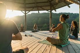 Seven Springs Retreat Center (TN) | Yoga retreat usa, Yoga retreat ...