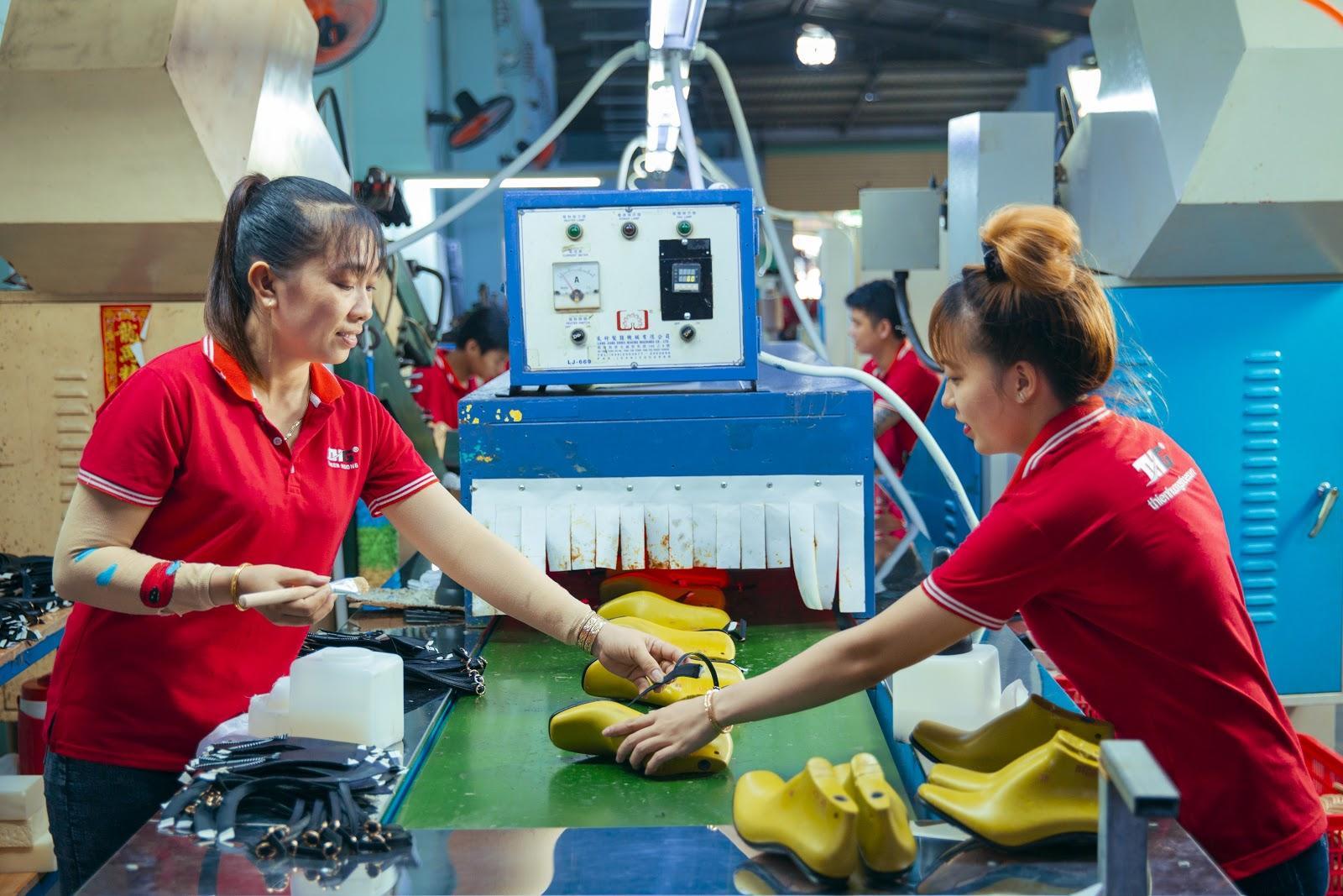 Thienhuongshoe – Địa chỉ nhập giày dép tốt nhất hiện nay