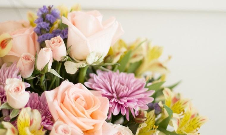 Kết quả hình ảnh cho hoa tươi được dùng để xả stress