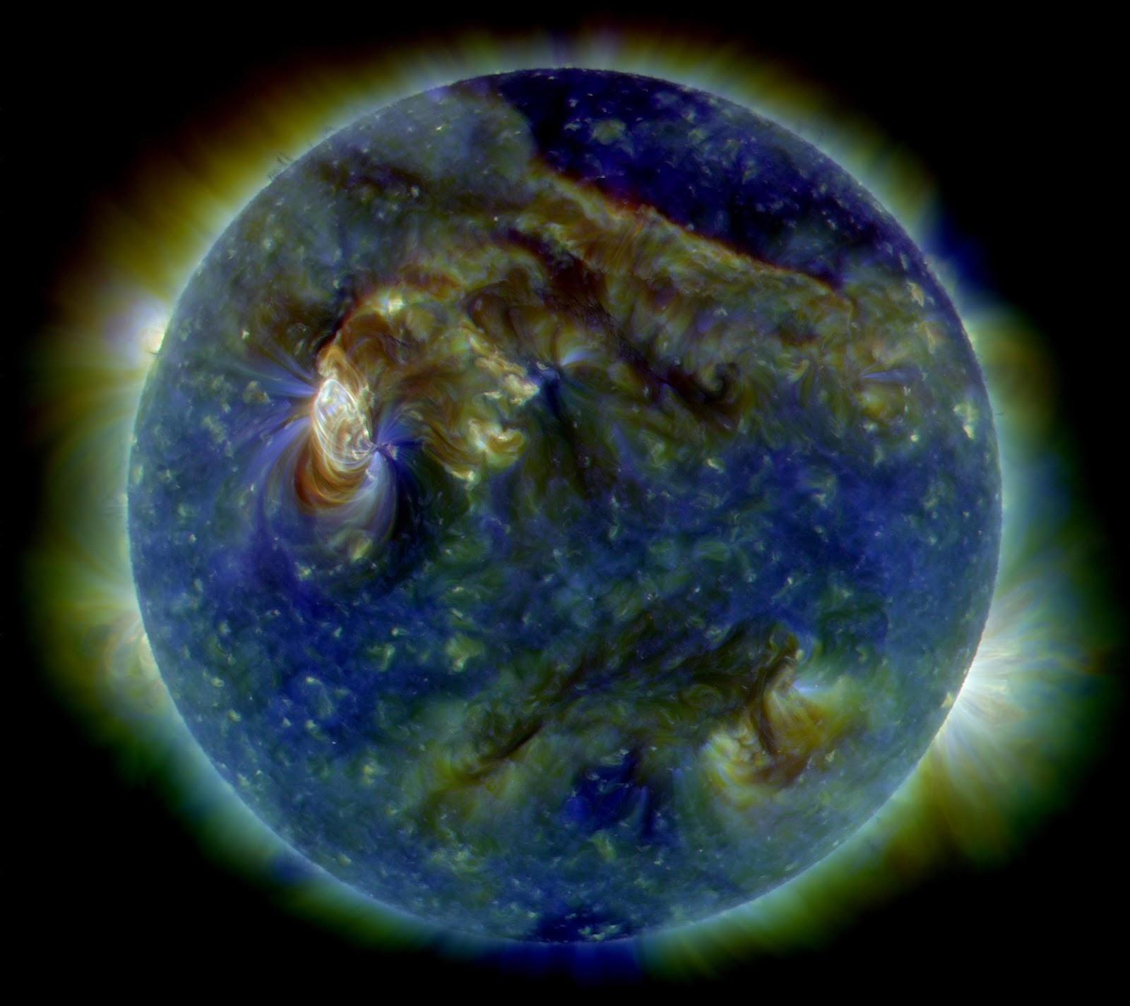 Sun_-_August_1%2C_2010.jpg