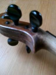 http://www.rolfrasmusson.se/Violiner-filer/image002.jpg