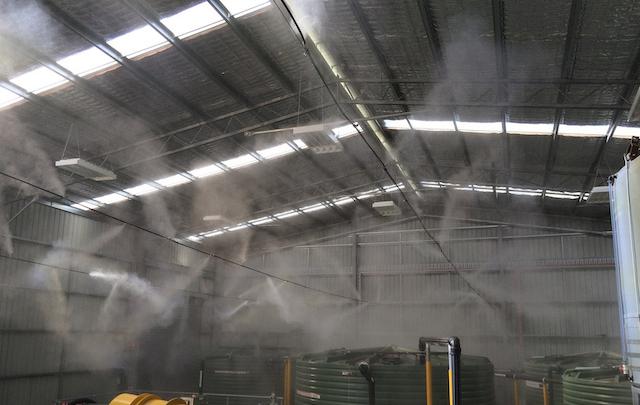 Máy phun sương giúp ngăn tiếng ồn của nhà máy