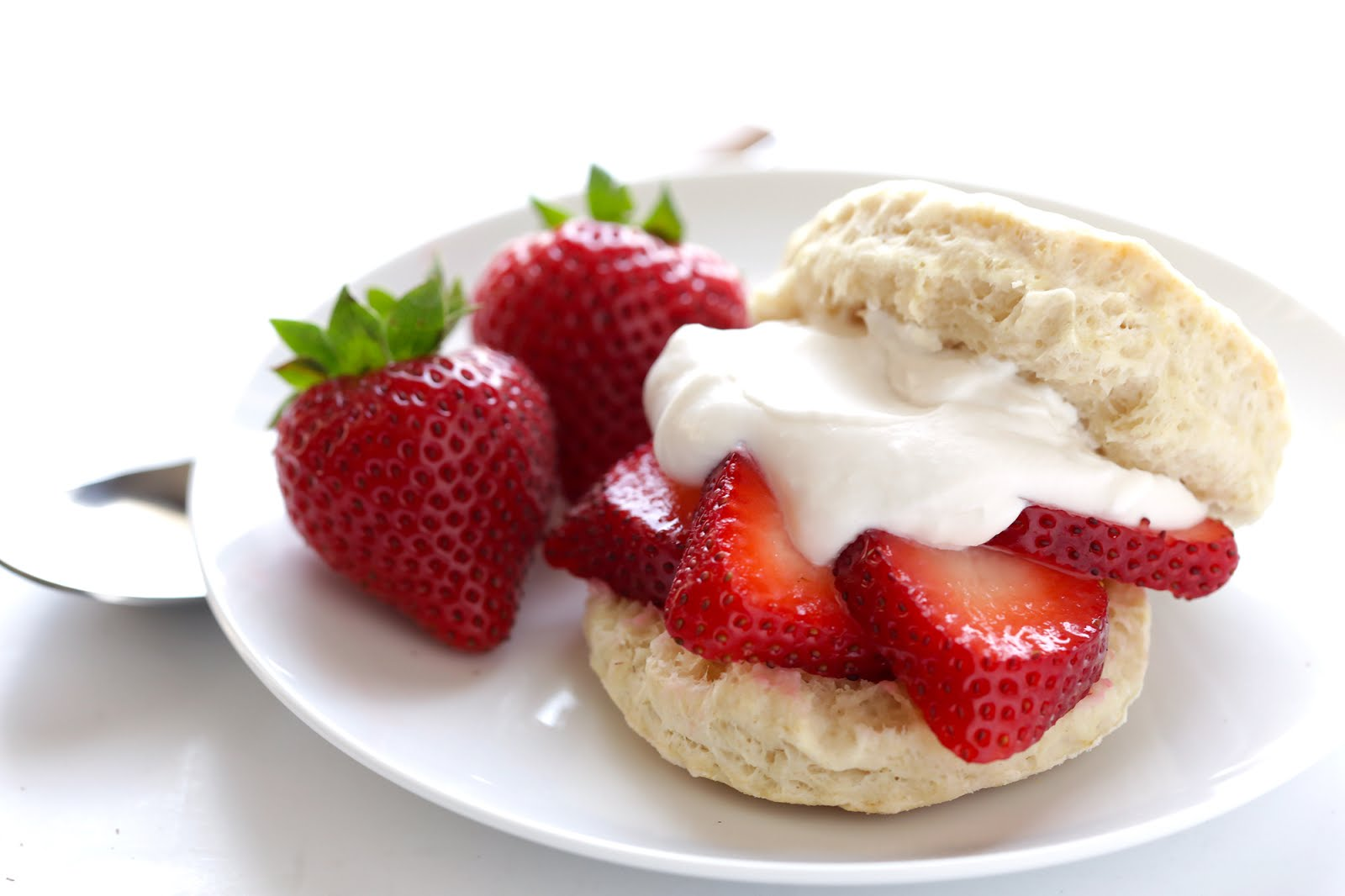 Strawberry Shortcake with Coconut Whipped Cream (Vegan) -- 4 ingredient biscuits, plus juicy strawberries, plus easy coconut whipped cream. Delish! | gimmesomeoven.com #dessert #vegan