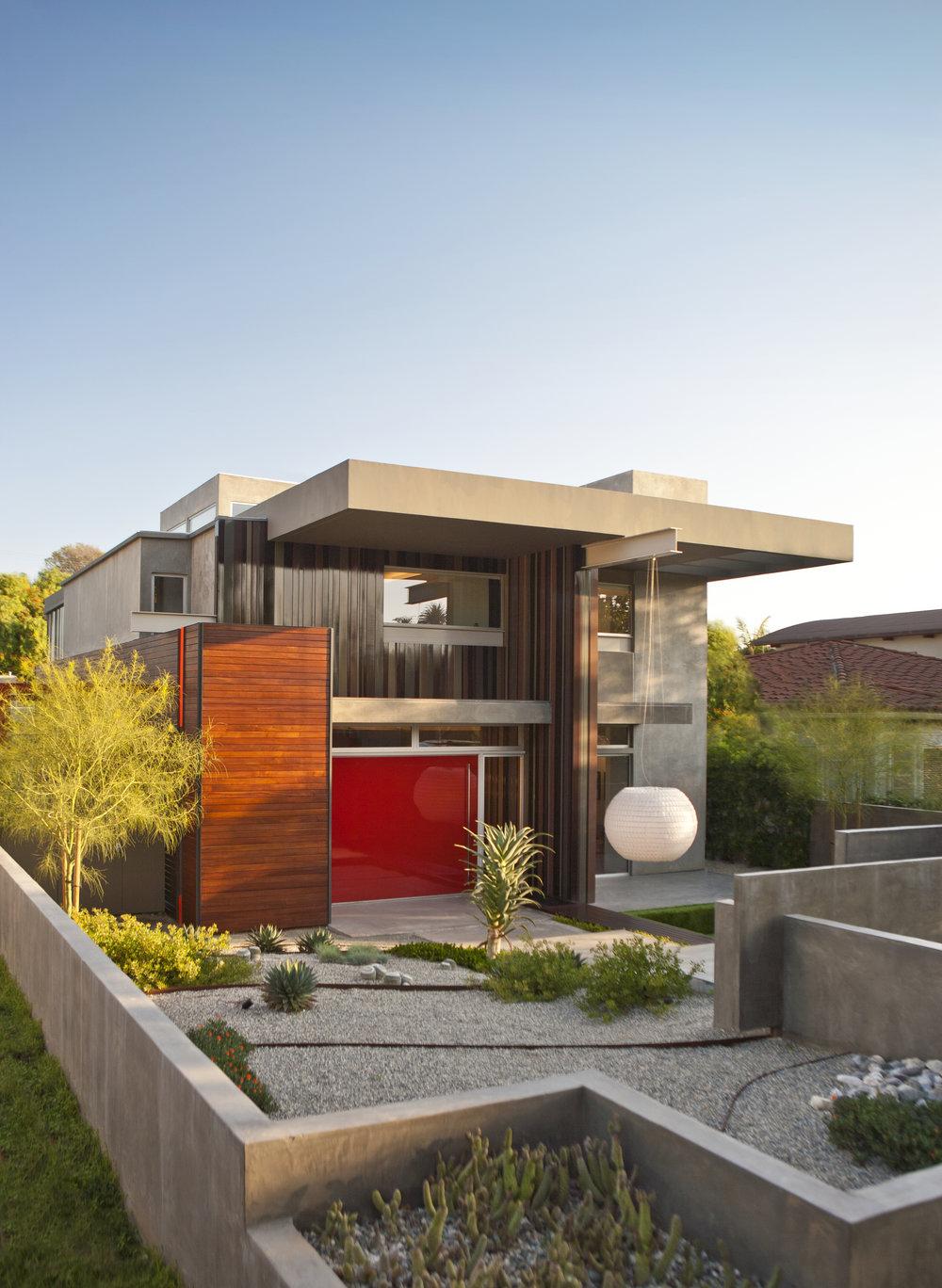 Energy Neutral Home milik Lisa Ling - source: pinterest.com
