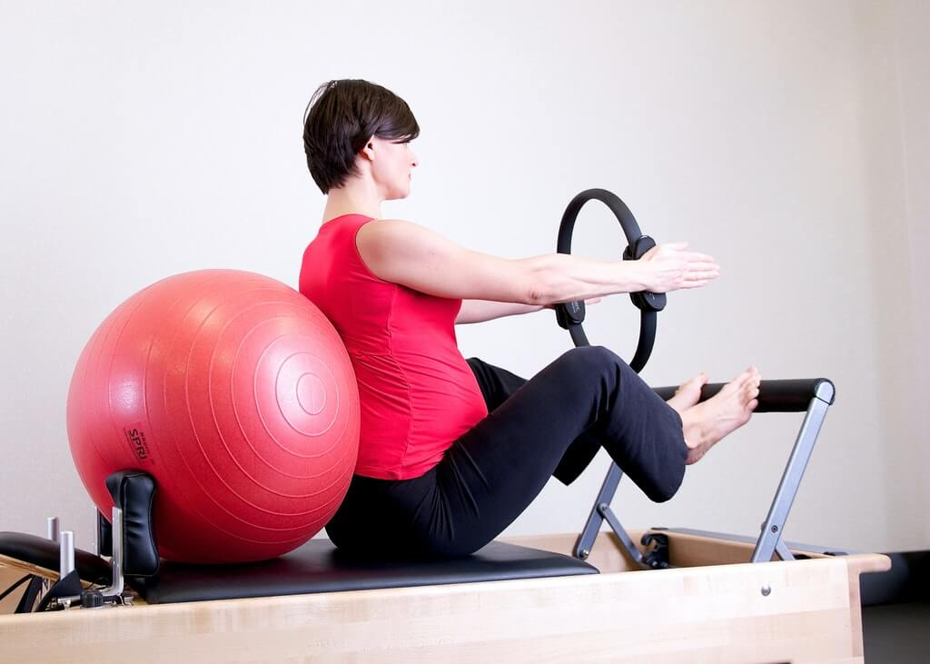 pregnant lady excercising