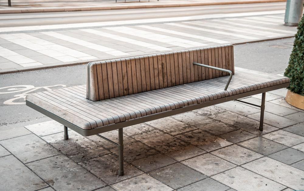 Áreas de descanso e de convívio social são importantes para a mobilidade. (Fonte: Shutterstock)