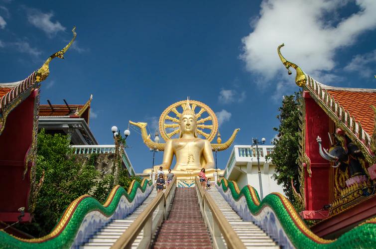 Big Buddha Temple in Koh Samui.