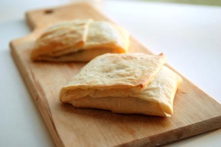 alquiler-velero-barcelona-salmon-con-pasta-de-filo.jpg