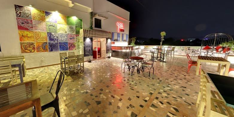 Rooftop Restaurants In Pune OWC