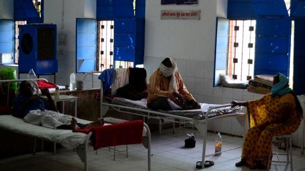 В Индии, Китае, Папуа - Новой Гвинее и России - рост заболеваемости устойчивой к антибиотикам формой туберкулеза, которую прозвали