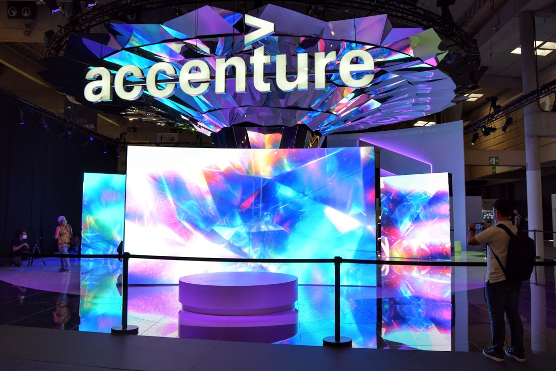 Accenture at MWC21