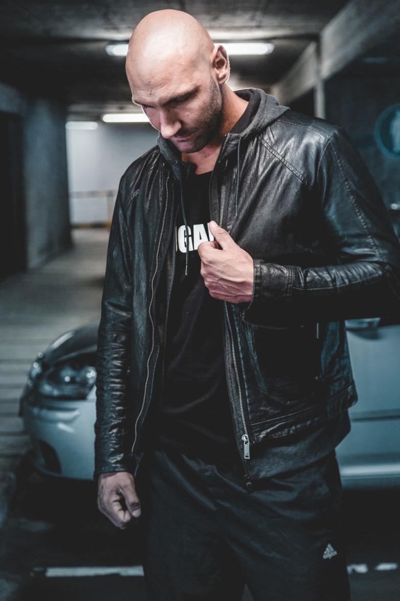 man-wearing-black-leather-jacket-952093.jpg