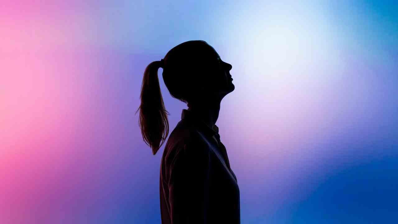 Se enfiar no azul e roxo do Instagram pode estar destruindo seu estado mental e te levando a uma crise de ansiedade.