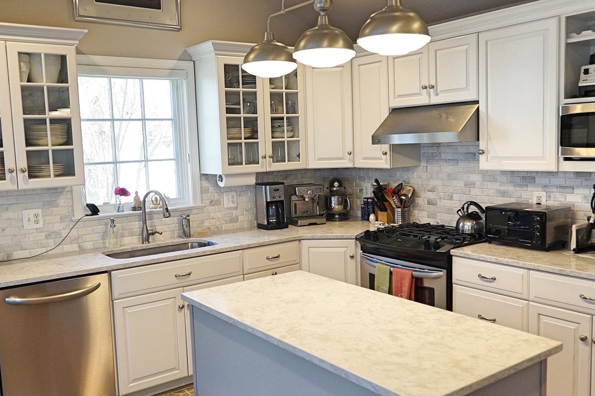 Luôn giữ cho không gian phòng bếp được sạch sẽ và thoáng mát
