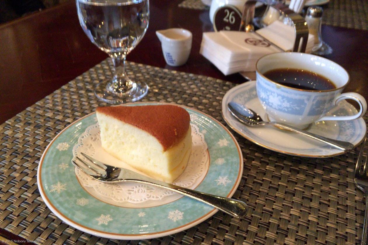 ケーキセット:チーズケーキ&コーヒー