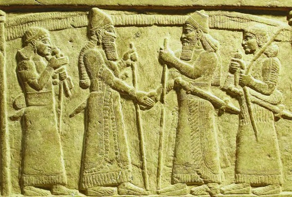 A detail showing Mesopotamian clothing.