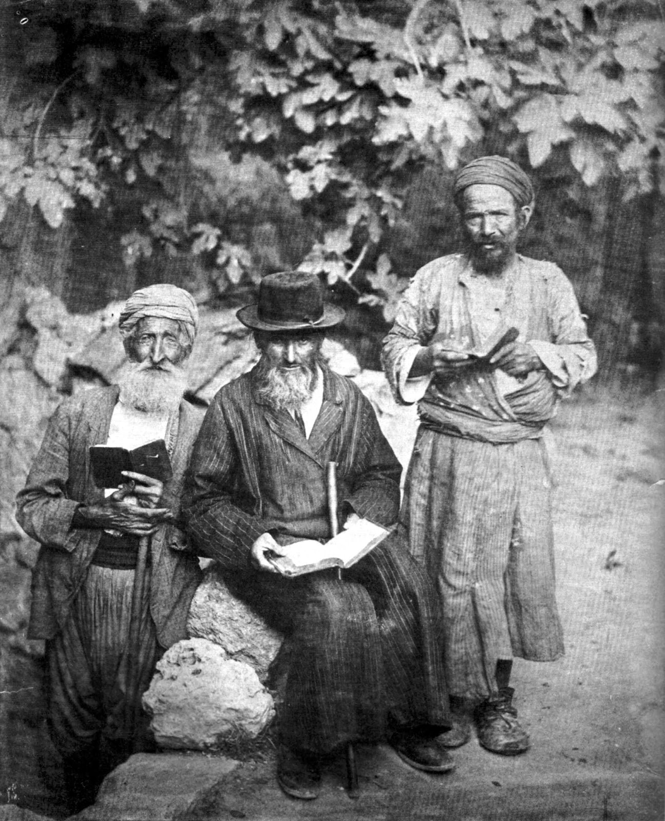 shows three elderly Jewish