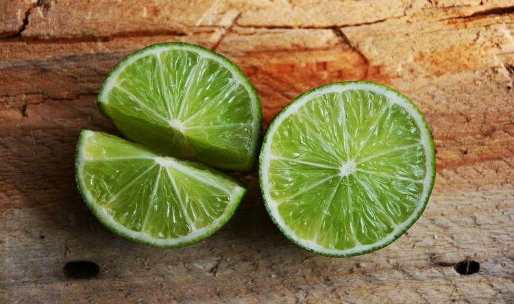 limes slices on a table
