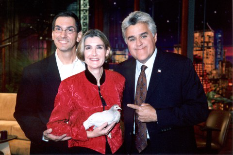 Matilda and her owners, Keith and Donna, pose with Jay Leno following their appearance on his show (September 2004)