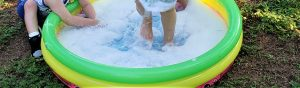 kiddie pool with bubbles