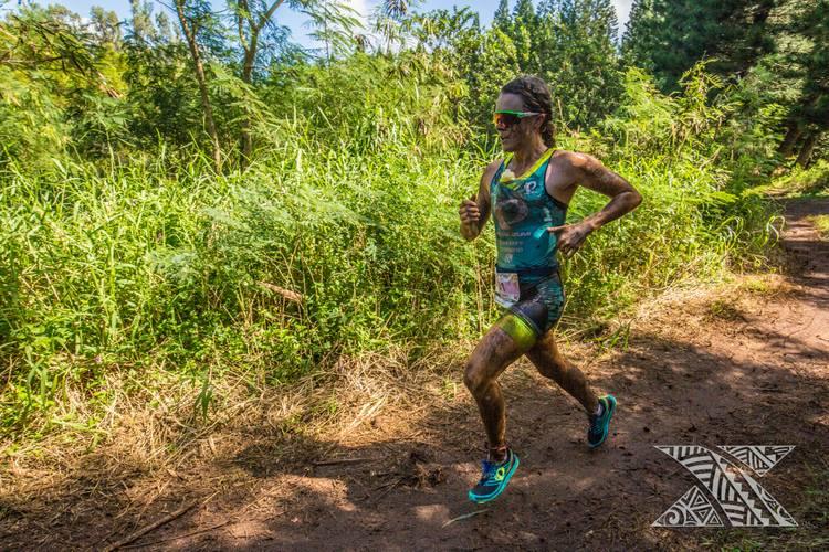 XTERRA Flora Duffy biegnie.jpg