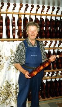 http://www.rolfrasmusson.se/Violiner-filer/image043.jpg