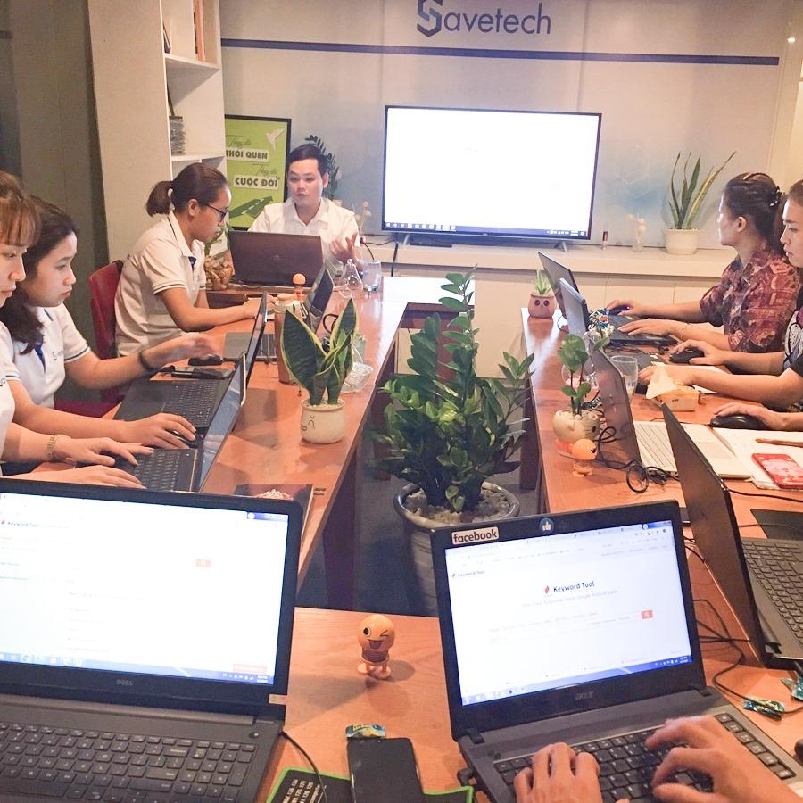 Một buổi học marketing online tại Savetech