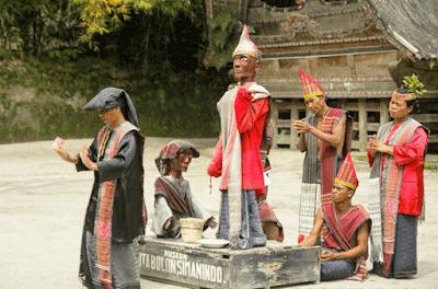 Tari Tor Tor Sigale Gale Boneka Kayu Yang Menari Tarian Adat Samosir,art