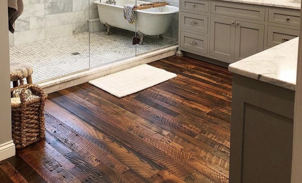 The Best Way To Use Hardwood Floors In The Bathroom