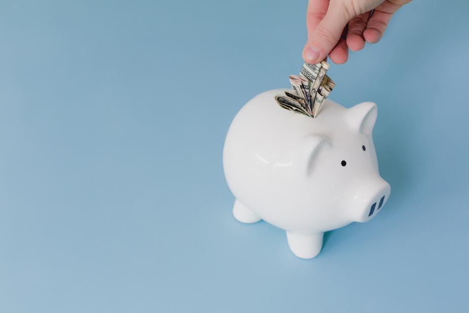 art sales - piggy bank