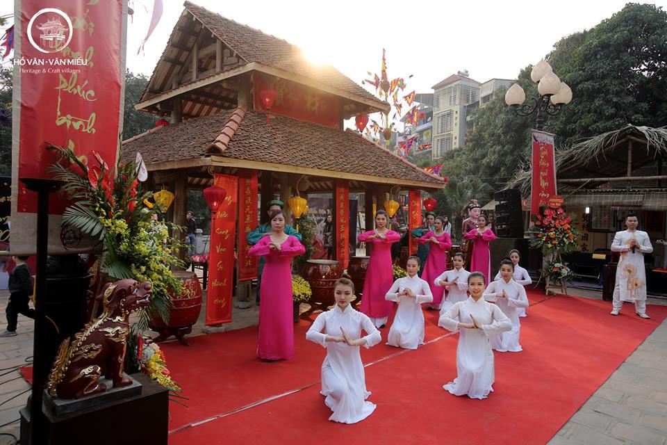 Ngày hội xuân diễn ra tại Hồ văn – Văn Miếu