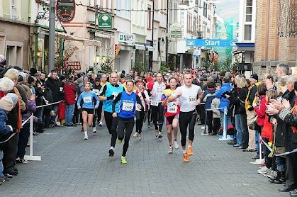 Adventslauf in Zell / Mosel